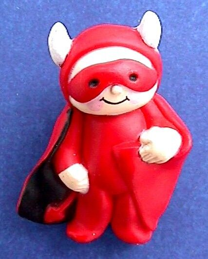 Fun World PIN Halloween Vintage DEVIL HORNS CAPE Red Holiday Brooch