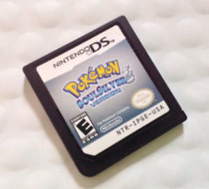 Pokemon Soulsilver Version w/ Guide and Pokedex Book