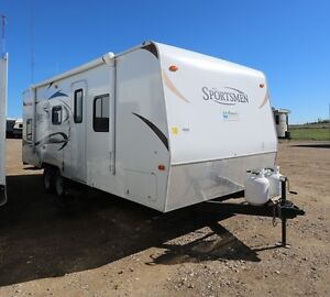 USED EXCELLENT CONDITION 2012 SPORTSMEN 242SBH