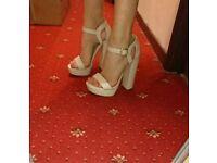 New Look cream/nude heels size 6