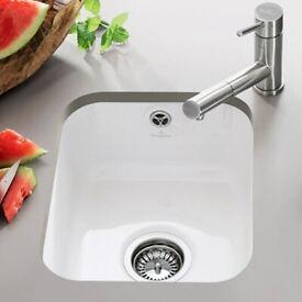 Villeroy & Boch Cisterna 45 White Ceramic Single Bowl Undermount Kitchen Sink