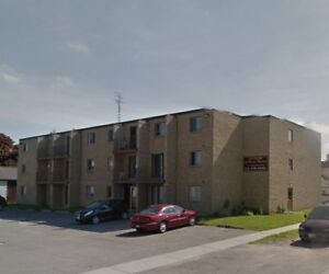 ROYAL MANOR - 1 BEDROOM APARTMENT AVAILABLE - DRESDEN, ONTARIO