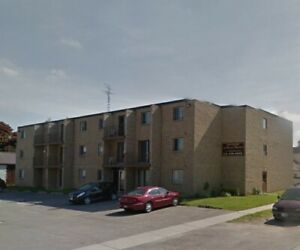 ROYAL MANOR - 2 BEDROOM APARTMENT AVAILABLE - DRESDEN, ONTARIO