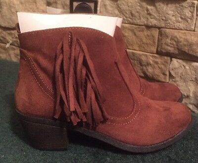 Faded Glory Girls Western Low Ankle Brown Boots with Fringe - Size 6 - New - Girls With Combat Boots
