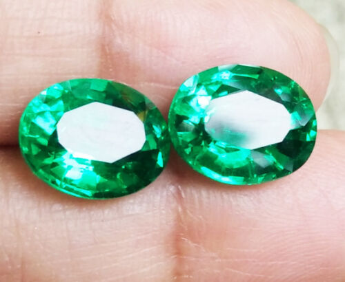 Pair! 2pcs. EXCELLENT OVAL CUT 10X8 MM. TOP GREEN EMERALD Created Gems AAA