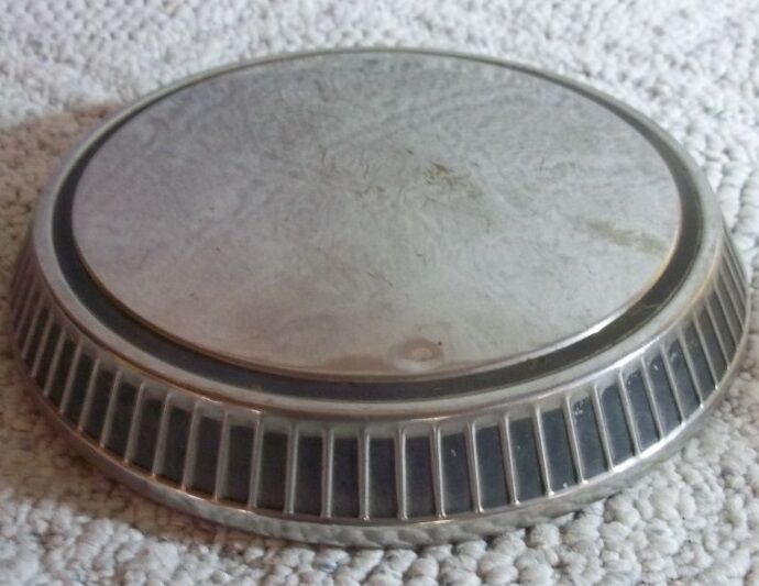 "1971 thru 1979 Ford Pinto & Mercury Bobcat Dog Dish Hubcap 9 1/2"" D8BC-11310-A"