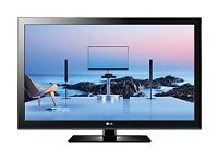 """42"""" LG LCD tv for wall has freeview HD ready HDMI and remote"""