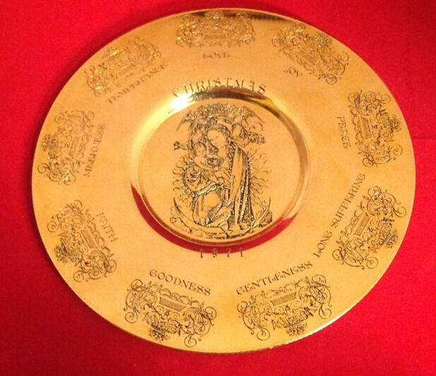 Paul Briant silversmiths Christmas 1971 Fruit of the Sprit 24k gold plated plate