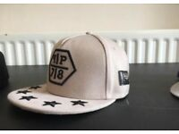 2 snap backs, 1 fitted
