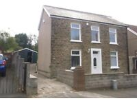 Large 2/3 Bed Furnished House with Mature Garden