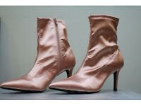Brand New Marks & Spenser's Kitten Heel Side Zip Ankle Boots Color Nude
