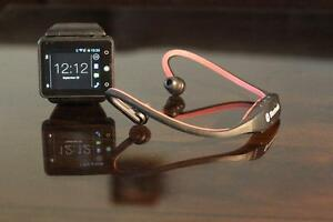 Check this out!! Neptune, smart watch - unlocked SIM West Island Greater Montréal image 5