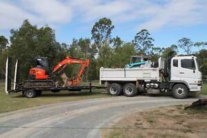 Bobcat hire.  LPH.  Combo Hire Burpengary Caboolture Area Preview