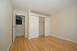 2 bdrm with balcony for November at The Harlingtons!