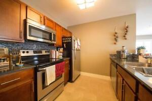 Blue Cedars//2 Bed. Washer and dryer in suite// Fitness center !