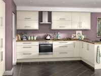 Complete fitted kitchen - cream gloss slab - £1595