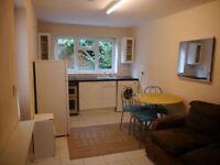 1 bedroom flat in Gouldland Gardens, Headington, Oxford, OX3