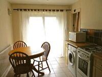 1 bedroom in Church Cowley Road, Cowley, Oxford, OX4