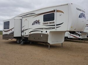 USED   CEDAR CREEK 5TH WHEEL X 4!!!  HIGH END!!!