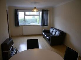 3 bedrooms in Gouldland Gardens, Headington, Oxford, Oxfordshire, OX3