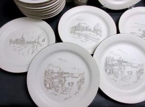 Set de vaisselles complet pour 14 personnes Le Manoir