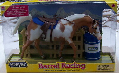 61057 Breyer Modellpferd Barrel Racing  1:12
