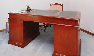 Van Treight timber desk Chatswood Willoughby Area Preview