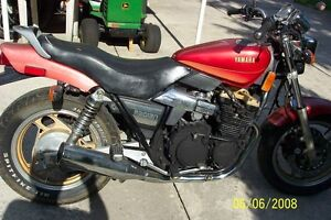 PARTING OUT A 1986-1990 YAMAHA RADIAN 600 Windsor Region Ontario image 1