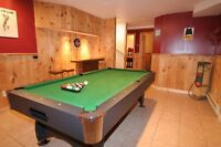 Christmas in Cottage Mont Tremblant SPA, Pool Table
