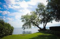 4BR BEAUTIFUL WATERFRONT COTTAGE AT LAKE SIMCOE  FAMILY DAY AV