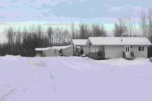 Roadrunner Cabin Rentals, Joussard, AB
