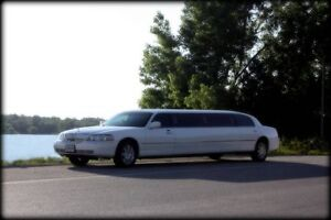 Paradise Limo Service Kitchener / Waterloo Kitchener Area image 4