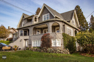 $5950(ORCA_REF(ORCA_REF#954)3275 sq/ft Heritage home
