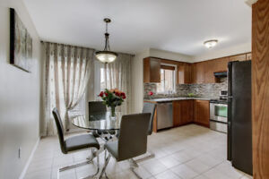 Kitchen table with 4 chairs