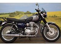 Kawasaki W800 **Engine Bars, Fly Screen, Centre Stand**