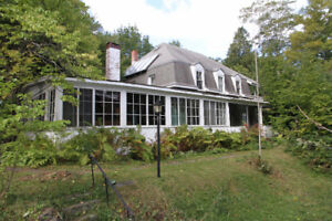 Newly Renovated Bachelor in Historic Waverley Home ALL INC