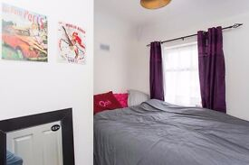 Short Let & Long Let, spacious, modern house, Single room, all incl