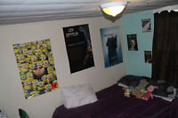 House basement appt 4 bedrooms for rent (10 min walk to UNB)