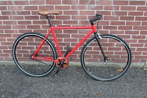 Price Drop Solid complete Fixie with lots of parts