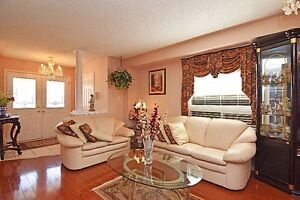 2 Storey Detachd House in Brampton for Lease / Rent