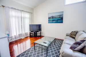 Two Story 3+2 bedrooms 2.5 Bath House for Rent
