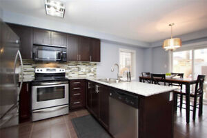 BEAUTIFUL NEWER 3 BR DETACHED HOME IN SOUGHT AFTER BOWMANVILLE!