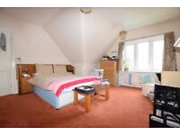 LONDON West Hampstead - 1 bed Flat Short/Holiday Let - Aug, Sept to Mid-Oct - Sleeps 2-4