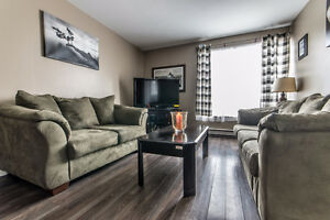 Lovely Townhouse for sale in Mount Pearl.  $159,900 St. John's Newfoundland image 2
