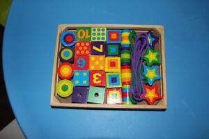 Lacing Beads (Cubes à lacer)