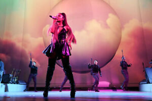 Looking for 2 Ariana Grande Montreal tickets!
