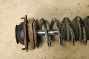 Porsche 944 front shocks coils suspension Belleville Belleville Area image 3