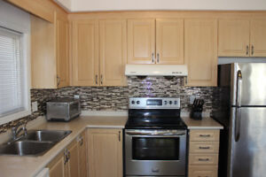 Single detached 4 bedrooms house for rent