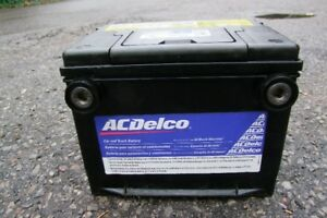 AC DELCO SIDE POST CAR/TRUCK BATTERY WORKS GREAT.