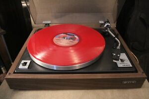 VINTAGE  EDS MK II BELT DRIVE TURNTABLE